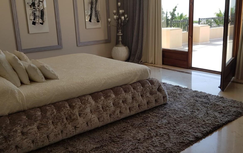 bedroom of sierra blanca villa